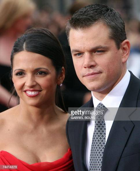 Actor Matt Damon and his wife Luciana Damon arrive for the US premiere of Ocean's Thirteen 05 June 2007 at the Grauman's Chinese Theater in Hollywood...