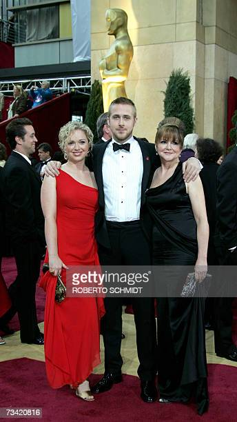 Actor Ryan Gosling and guests arrive at the 79th Academy Awards in Hollywood California 25 February 2007 AFP PHOTO/Roberto SCHMIDT