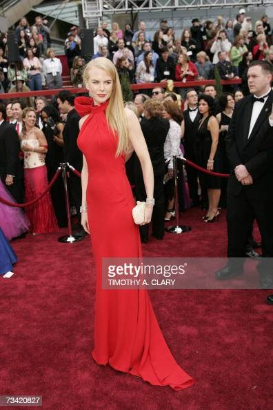 Actress Nicole Kidman arrives at the 79th Academy Awards in Hollywood California 25 February 2007 AFP PHOTO Timothy A CLARY