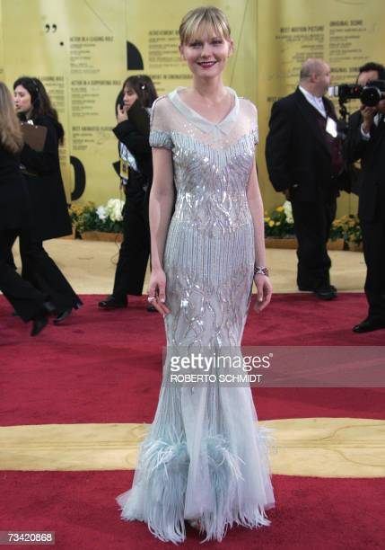 Kirsten Dunst arrives at the 79th Academy Awards in Hollywood California 25 February 2007 AFP PHOTO/Roberto SCHMIDT