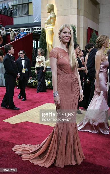 US actress Gwyneth Paltrow arrives at the 79th Academy Awards in Hollywood California 25 February 2007 AFP PHOTO/Roberto SCHMIDT