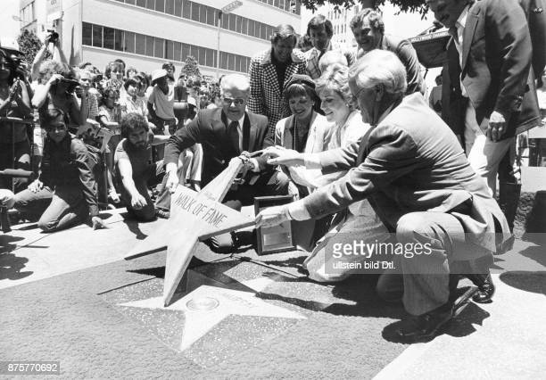 Hollywood Walk of Fame A new star for Canadian pop singer Anne Murray will be embedded into the sidewalk by the Hollywood Chamber of Commerce