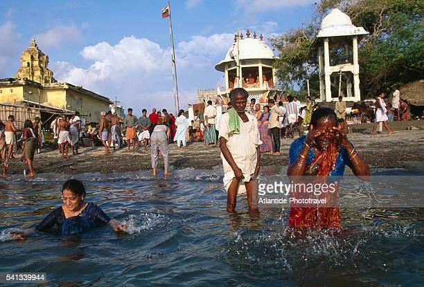 Holy Bathing Near Ramanathaswamy Temple