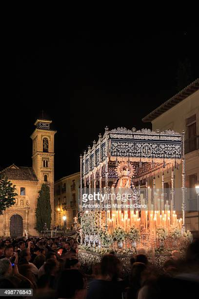 CONTENT] Holy Week in Granada Holy Thursday Brotherhood of Our Father Jesus of Love and Delivery and the Virgin of the Conception on its way through...