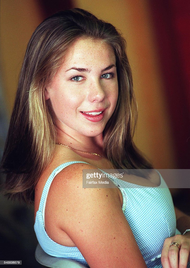 kate ritchie breasts