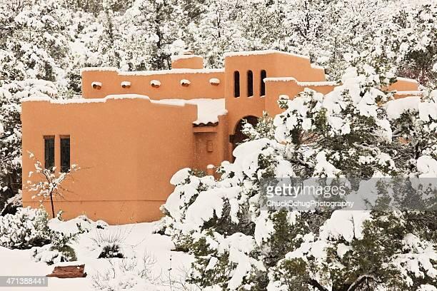 Architettura casa tormenta di neve