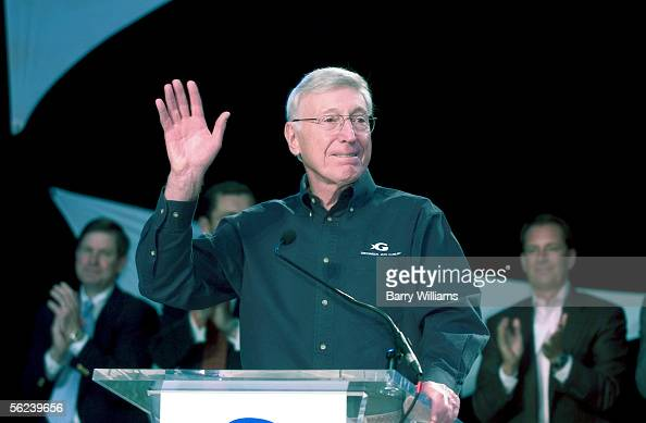 Home Depot cofounder Bernie Marcus speaks prior to a ribbon cutting ceremony at the Georgia Aquarium November 19 2005 in Atlanta Goergia The Georgia...