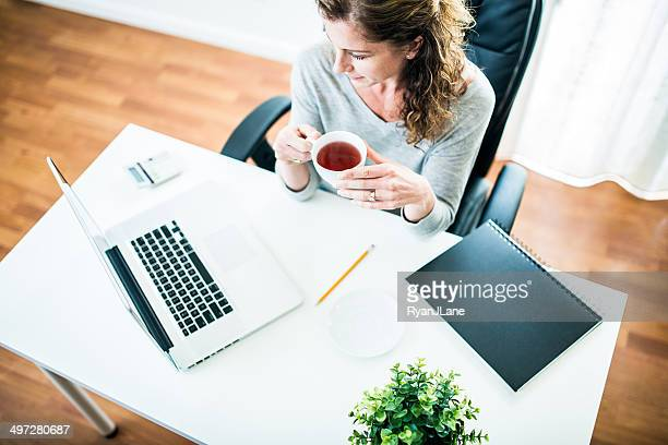 ホームオフィスビジネスの女性