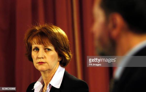 Home Office minister Beverley Hughes listens to the Home Secretary David Blunkett during a press briefing at the Foreign Press Associations offices *...