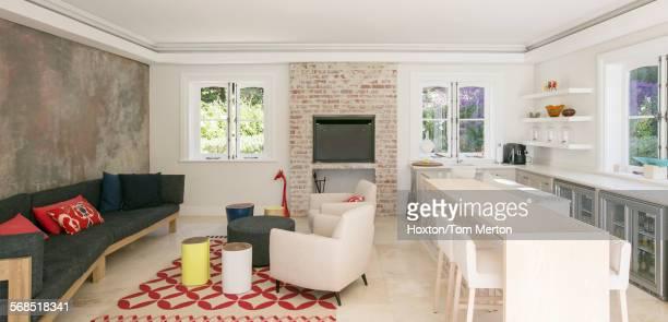 Home showcase open floor plan