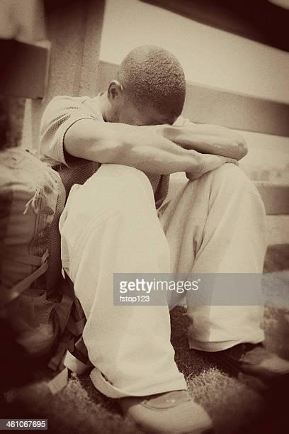 Obdachlos Mann Afrikanischer Herkunft in Santa Monica, Kalifornien.