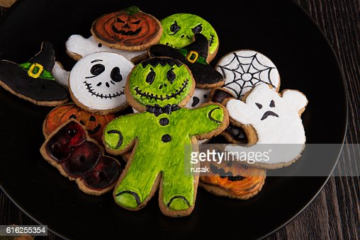 Homemade delicious ginger biscuits for Halloween : Foto de stock