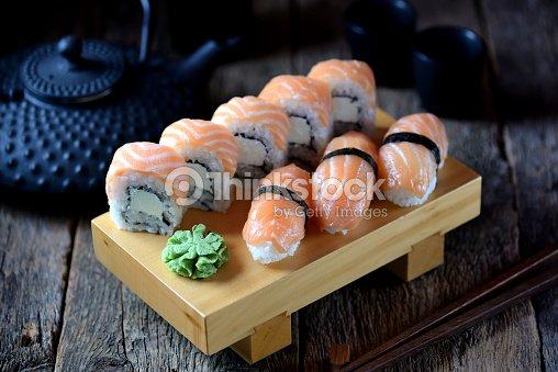 Sushi fait maison au saumon et fromage p te molle et for Pate a bois maison