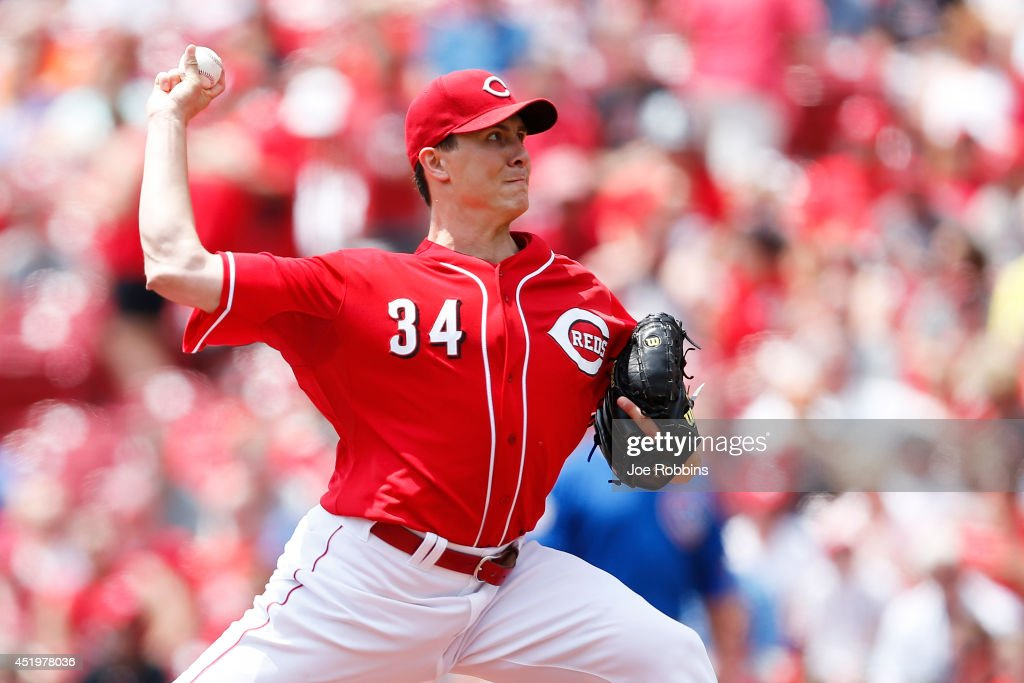 <a gi-track='captionPersonalityLinkClicked' href=/galleries/search?phrase=Homer+Bailey&family=editorial&specificpeople=759409 ng-click='$event.stopPropagation()'>Homer Bailey</a> #34 of the Cincinnati Reds pitches in the first inning of the game against the Chicago Cubs at Great American Ball Park on July 10, 2014 in Cincinnati, Ohio.