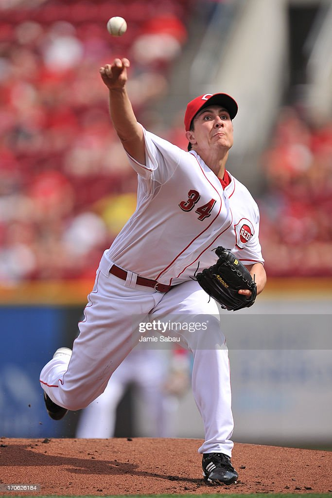 <a gi-track='captionPersonalityLinkClicked' href=/galleries/search?phrase=Homer+Bailey&family=editorial&specificpeople=759409 ng-click='$event.stopPropagation()'>Homer Bailey</a> #34 of the Cincinnati Reds pitches in the first inning against the Milwaukee Brewers at Great American Ball Park on June 15, 2013 in Cincinnati, Ohio.