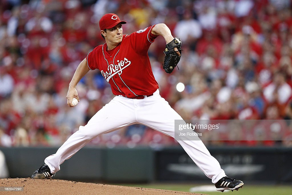 <a gi-track='captionPersonalityLinkClicked' href=/galleries/search?phrase=Homer+Bailey&family=editorial&specificpeople=759409 ng-click='$event.stopPropagation()'>Homer Bailey</a> #34 of the Cincinnati Reds pitches in the first inning against the Pittsburgh Pirates during the game at Great American Ball Park on September 27, 2013 in Cincinnati, Ohio.