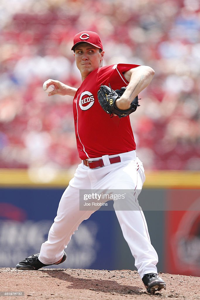<a gi-track='captionPersonalityLinkClicked' href=/galleries/search?phrase=Homer+Bailey&family=editorial&specificpeople=759409 ng-click='$event.stopPropagation()'>Homer Bailey</a> #34 of the Cincinnati Reds pitches in the second inning of the game against the Chicago Cubs at Great American Ball Park on July 10, 2014 in Cincinnati, Ohio.