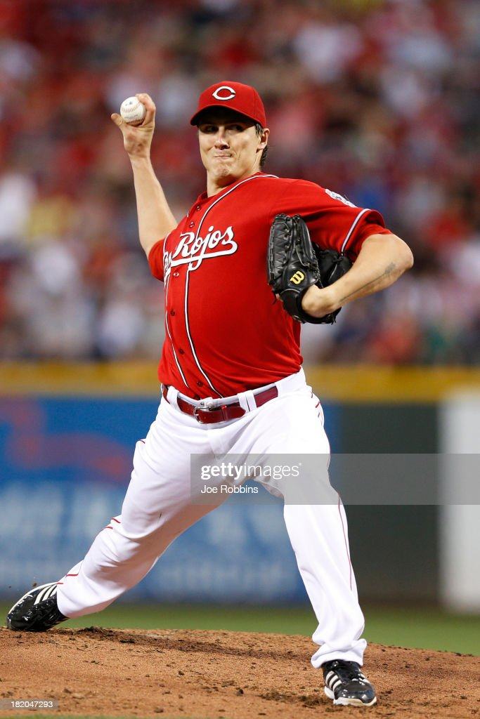 <a gi-track='captionPersonalityLinkClicked' href=/galleries/search?phrase=Homer+Bailey&family=editorial&specificpeople=759409 ng-click='$event.stopPropagation()'>Homer Bailey</a> #34 of the Cincinnati Reds pitches in the second inning against the Pittsburgh Pirates during the game at Great American Ball Park on September 27, 2013 in Cincinnati, Ohio.