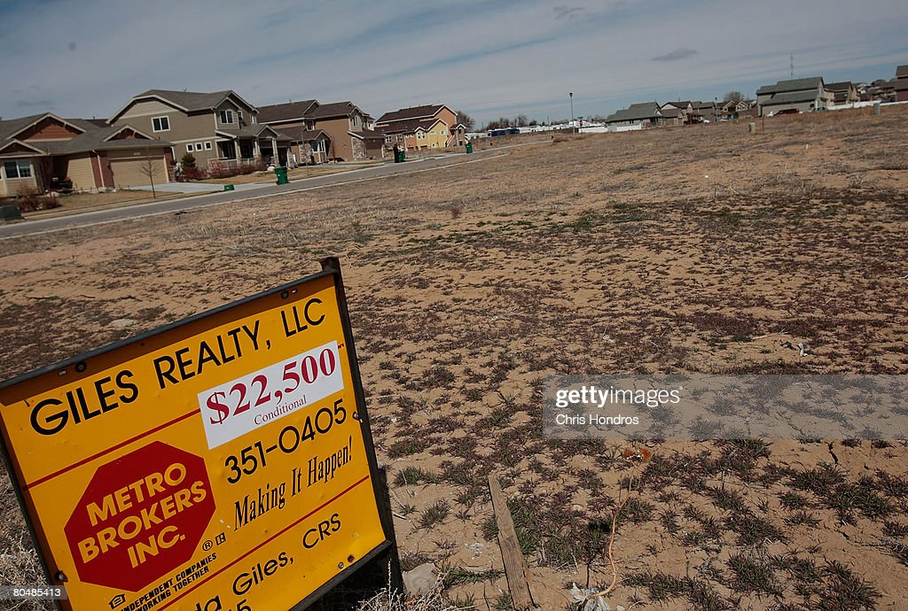 Homes, some occupied, sit amidst empty unsold land in a recently-built housing development April 1, 2008 in Greeley, Colorado. Greeley and surrounding Weld county briefly led the country in the rate of foreclosures, with 1 in every 136 homes in some state of foreclosure, leaving housing developments like this one full of empty houses and unsold land. The Denver metropolitan area has been hard-hit by the housing downturn, with officials estimating that as many as 11,000 properties might go into foreclosure this year.