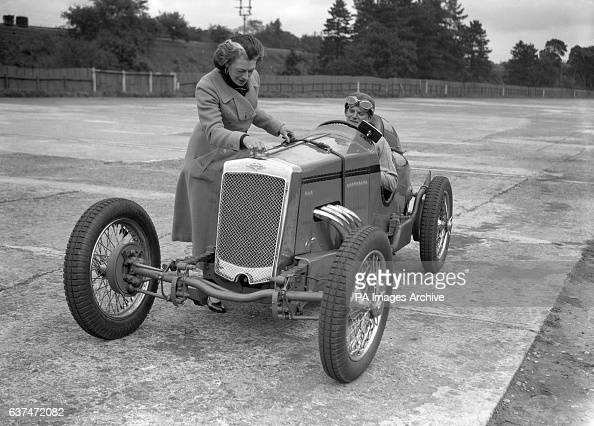 Frazer Nash Stock Photos And Pictures Getty Images