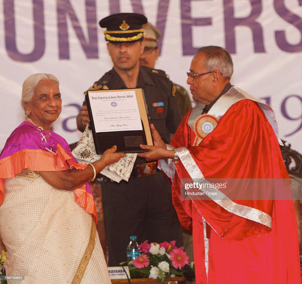 Hon'ble President of India Pranab Mukherjee is giving the Degree of D.Litt to an emminent Indian Classical Singer of the Benaras Gharana, Girija Devi at Bengal Engineering Science University, on January 19, 2013 in Kolkata, India.
