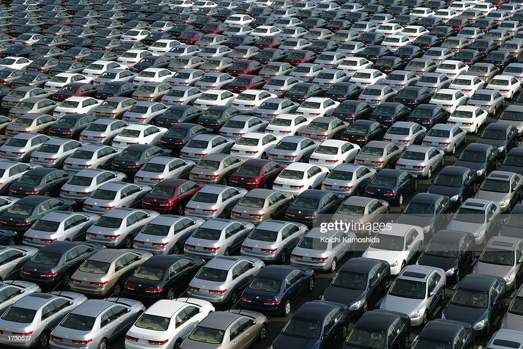 Honda Cars Wait To Be Exported From Japan : Stock Photo