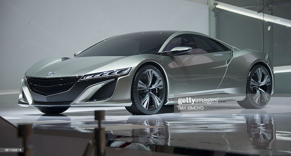 Honda Launches The Honda Nsx Concept Supercar At The