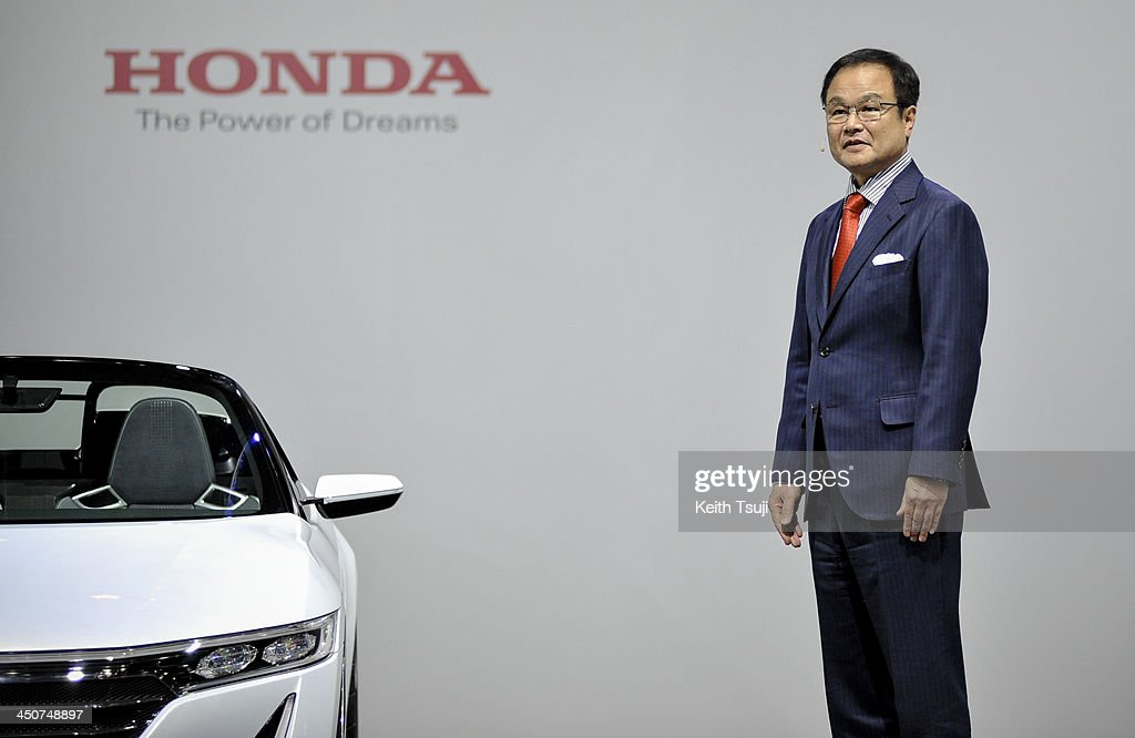 Honda Motor Co. President <a gi-track='captionPersonalityLinkClicked' href=/galleries/search?phrase=Takanobu+Ito&family=editorial&specificpeople=5696906 ng-click='$event.stopPropagation()'>Takanobu Ito</a> speaks during the press briefing at the Tokyo Motor Show 2013 at Tokyo Big Sight on November 20, 2013 in Tokyo, Japan. The 43rd Tokyo Motor Show 2013 will be open to public from November 22nd to December 1st, 2013.