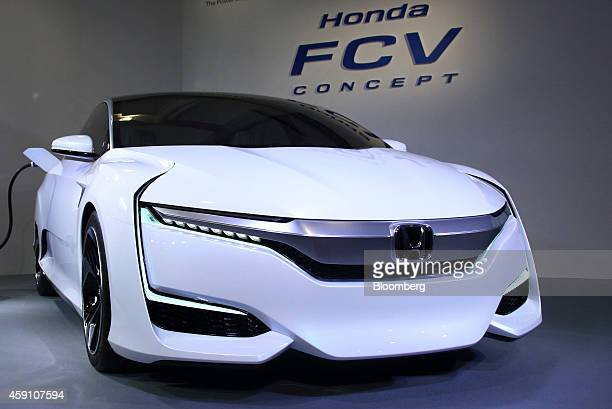 Honda Motor Co's Honda FCV Concept hydrogenfueled vehicle is displayed during its unveiling in Tokyo Japan on Monday Nov 17 2014 Honda unveiled the...