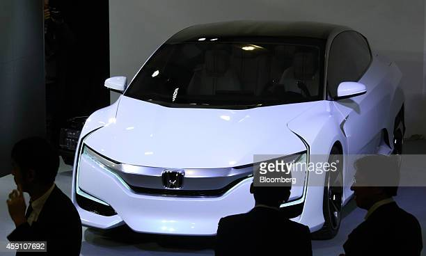 Honda Motor Co's Honda FCV Concept hydrogenfueled vehicle stands on display during its unveiling in Tokyo Japan on Monday Nov 17 2014 Honda unveiled...