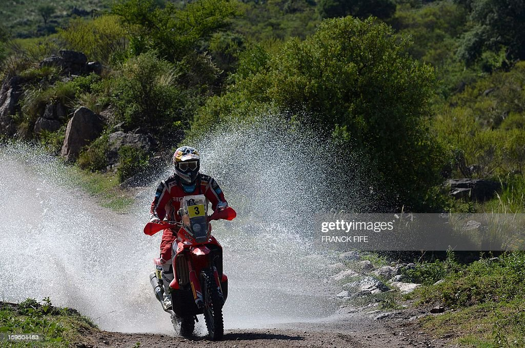 Honda's rider Helder Rodrigues of Portugal competes during the Stage 9 of the Dakar 2013 between Tucuman and Cordoba, Argentina, on January 14, 2013. The rally takes place in Peru, Argentina and Chile between January 5 and 20.