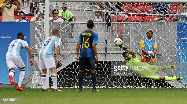 Honduras loses penalty hit by player Bryan Acosta during the Group D match between Argentina and Honduras on Day 5 of the Rio 2016 Olympic Games at...