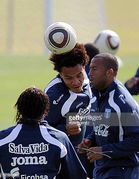 Honduras' midfielder Julio Cesar de Leon heads the ball during a trainign session at the Randburg Stadium in Johannesburg on June 10 2010 The 2010...