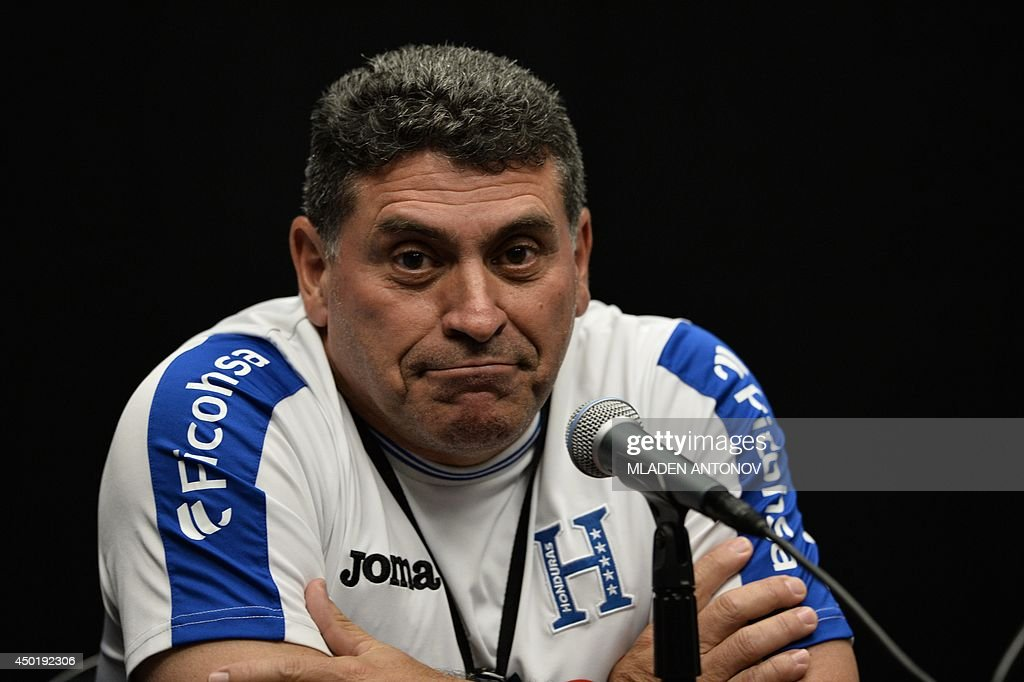 Honduras national football team coach <a gi-track='captionPersonalityLinkClicked' href=/galleries/search?phrase=Luis+Fernando+Su%C3%A1rez+-+Treinador+de+futebol&family=editorial&specificpeople=548216 ng-click='$event.stopPropagation()'>Luis Fernando Suárez</a> answers questions during a press conference prior to a training session at Miami Sun Life Stadium in Miami Gardens, Florida on June 6, 2014.