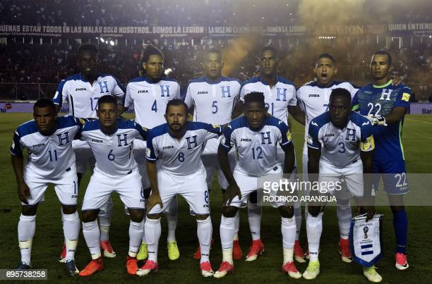 Honduras' national football team poses before a FIFA World Cup Russia 2018 Concacaf qualifier match against Panama in Panama City on June 13 2017 /...