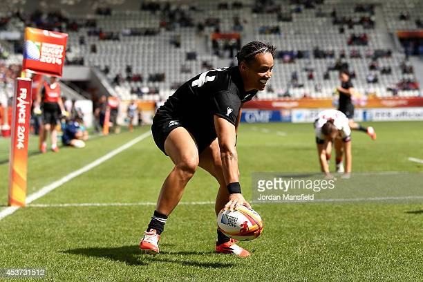 Honey Hireme of New Zealand touches down a try during the IRB Women's Rugby World Cup 2014 5th/6th Place Playoff match between USA and New Zealand at...
