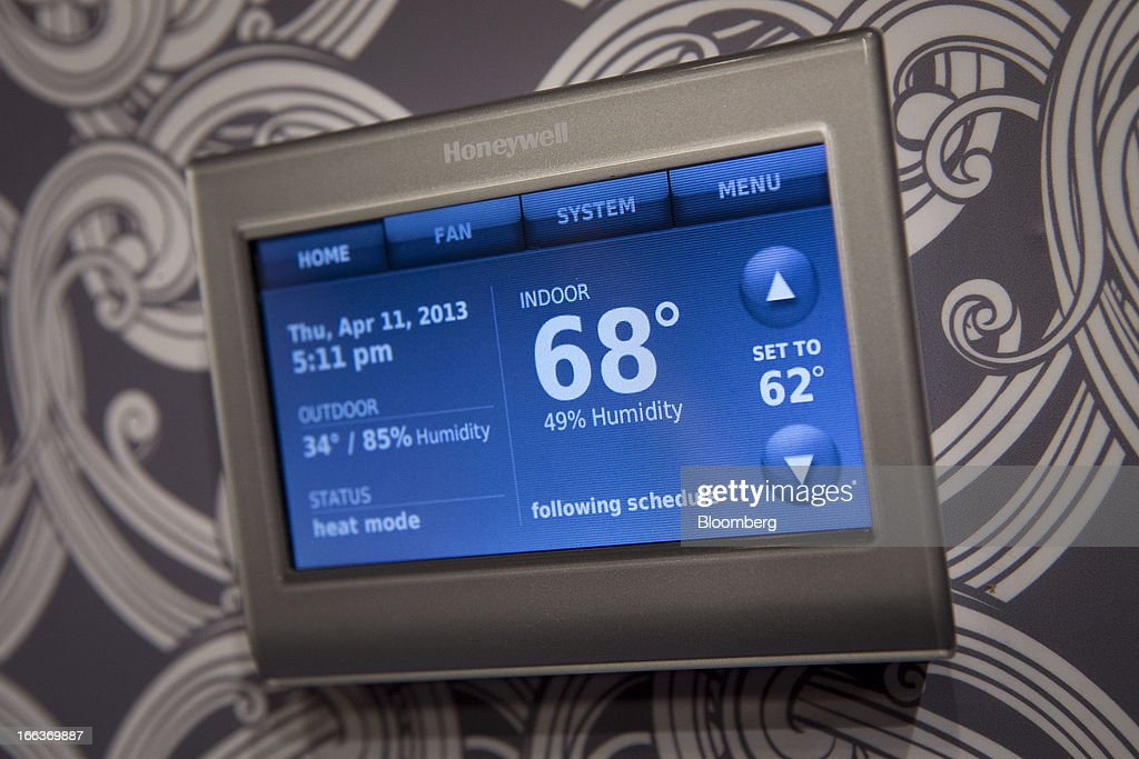 A Honeywell International Inc. Wi-Fi Smart Thermostat is displayed at Pepcom DigitalFocus in New York, U.S., on Thursday, April 11, 2013. DigitalFocus is Pepcom's annual Spring showcase that previews the tablets, laptops, smartphones, gadgets, videogames, toys, and consumer electronics that will be hot items for the gift-giving season. Photographer: Scott Eells/Bloomberg via Getty Images