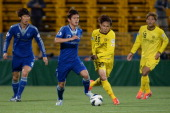 Hong Chul of Suwon Bluewings in action during the AFC Champions League Group H match between Kashiwa Reysol and Suwon Bluewings at Hitachi Kashiwa...