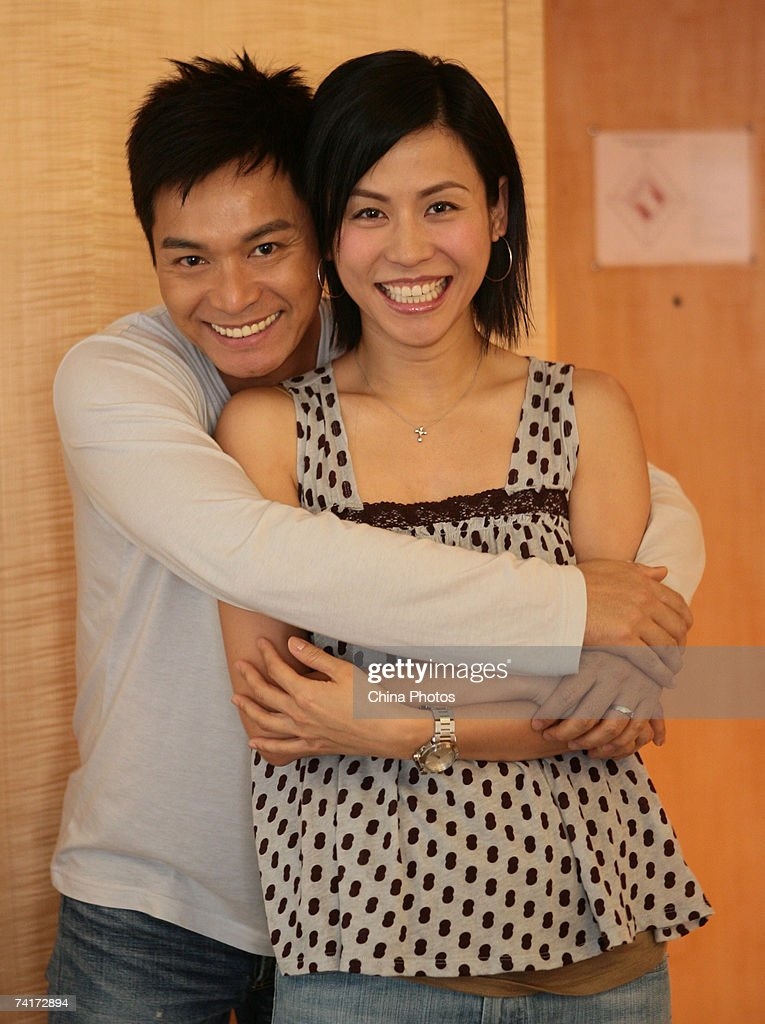 Hong Kong actor Kwok Chun (L) poses for a photo with actress Jessica Hester Hsuan during a press conference to promote the cooperation between Hong Kong TVB and ChinaVnet Jiangsu Branch on May 16, 2007 in Nanjing of Jiangsu Province, China.