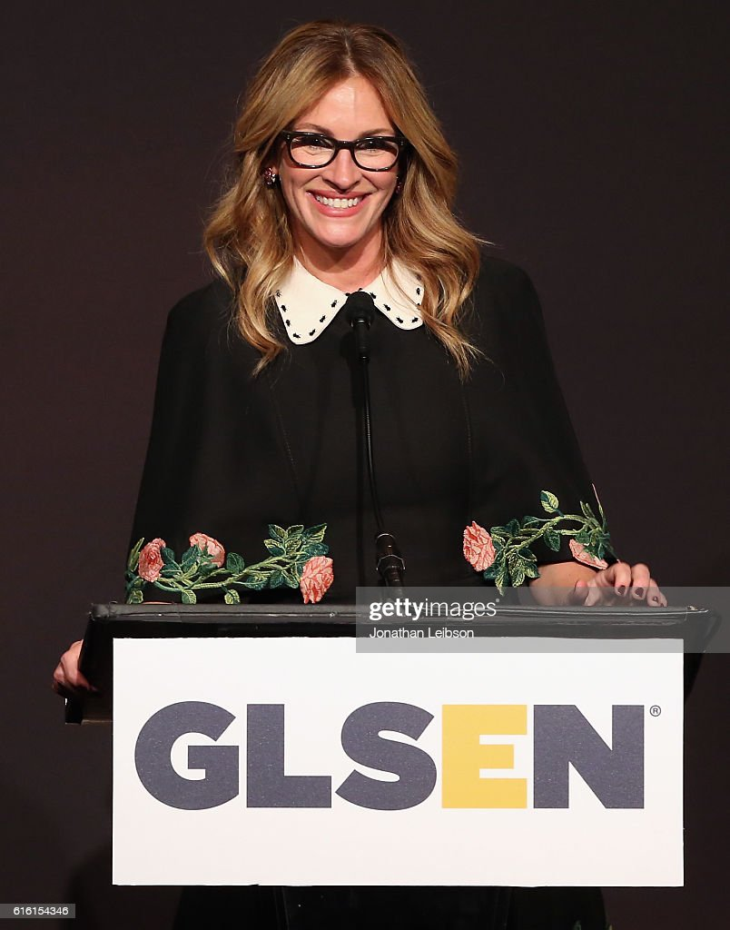 Honorary Co-Chair Julia Roberts speaks onstage at the 2016 GLSEN Respect Awards - Los Angeles at the Beverly Wilshire Four Seasons Hotel on October 21, 2016 in Beverly Hills, California.