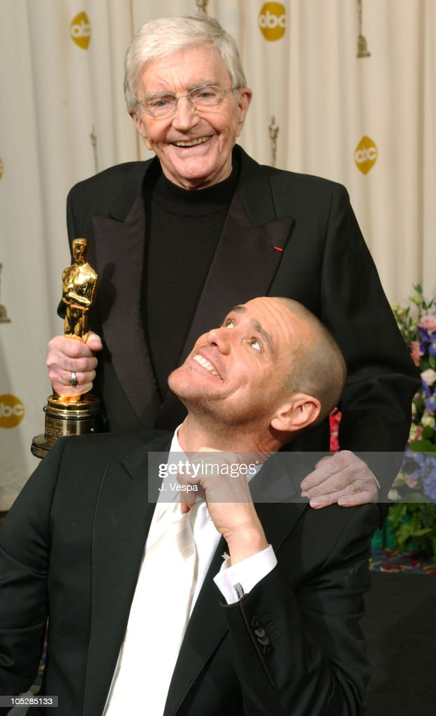Honorary Oscar Awardee <a gi-track='captionPersonalityLinkClicked' href=/galleries/search?phrase=Blake+Edwards&family=editorial&specificpeople=208788 ng-click='$event.stopPropagation()'>Blake Edwards</a> with presenter <a gi-track='captionPersonalityLinkClicked' href=/galleries/search?phrase=Jim+Carrey&family=editorial&specificpeople=171515 ng-click='$event.stopPropagation()'>Jim Carrey</a>