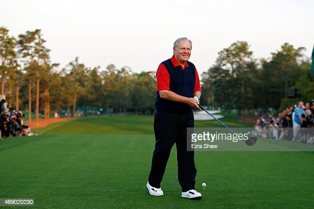 Honorary Starter Jack Nicklaus of the United States greets the patrons on the first tee during the first round of the 2015 Masters Tournament at...