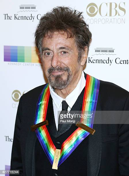 Honoree Al Pacino poses for a photo on the red carpet at the 39th Annual Kennedy Center Honors at The Kennedy Center on December 4 2016 in Washington...