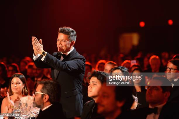 Honoree Alejandro Sanz walks onstage to accept the Person of the Year Award at the 2017 Person of the Year Gala honoring Alejandro Sanz at the...