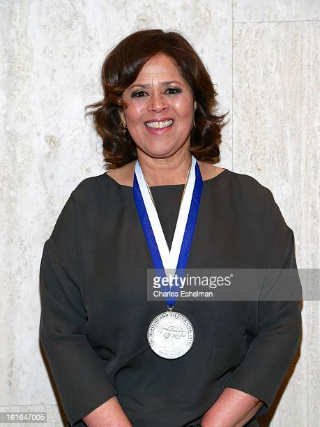 Honoree Anna Deavere Smith attends 19th Annual Dorothy And Lillian Gish Prize Ceremony at The Vista 1 Chase Manhattan Plaza on February 13 2013 in...