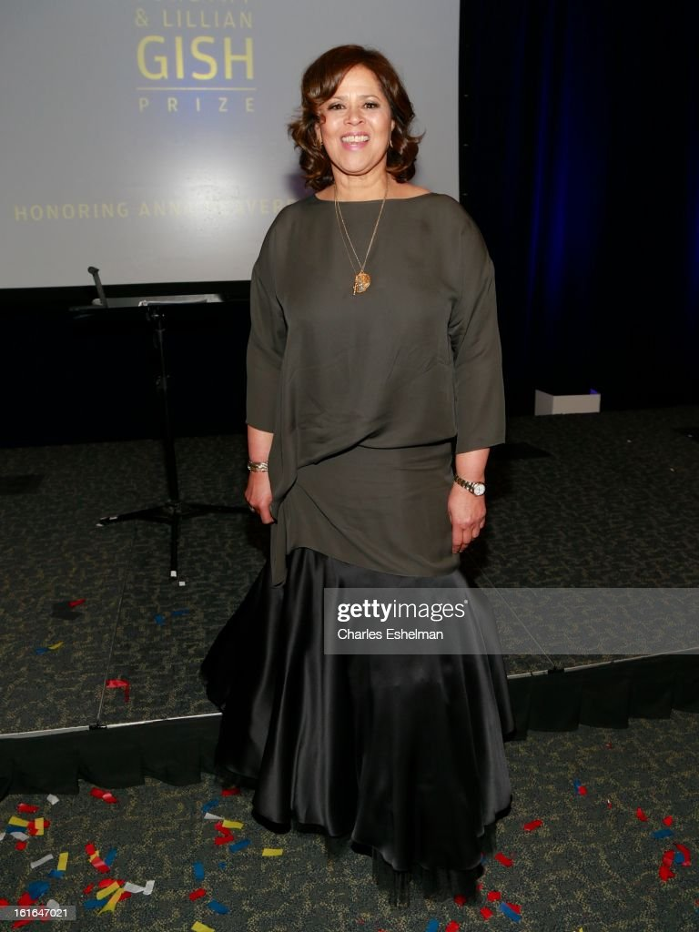 Honoree <a gi-track='captionPersonalityLinkClicked' href=/galleries/search?phrase=Anna+Deavere+Smith&family=editorial&specificpeople=234428 ng-click='$event.stopPropagation()'>Anna Deavere Smith</a> attends the 19th Annual Dorothy And Lillian Gish Prize Ceremony at The Vista 1 Chase Manhattan Plaza on February 13, 2013 in New York City.