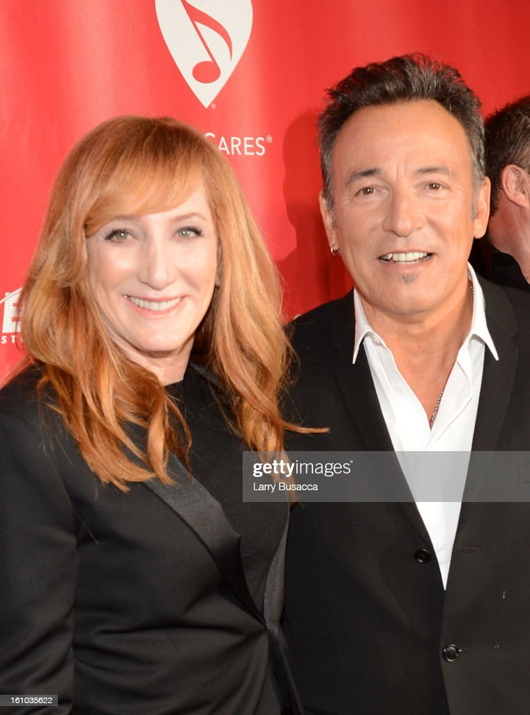 Honoree <a gi-track='captionPersonalityLinkClicked' href=/galleries/search?phrase=Bruce+Springsteen&family=editorial&specificpeople=123832 ng-click='$event.stopPropagation()'>Bruce Springsteen</a> (R) and singer <a gi-track='captionPersonalityLinkClicked' href=/galleries/search?phrase=Patti+Scialfa&family=editorial&specificpeople=228282 ng-click='$event.stopPropagation()'>Patti Scialfa</a> arrive at MusiCares Person Of The Year Honoring <a gi-track='captionPersonalityLinkClicked' href=/galleries/search?phrase=Bruce+Springsteen&family=editorial&specificpeople=123832 ng-click='$event.stopPropagation()'>Bruce Springsteen</a> at Los Angeles Convention Center on February 8, 2013 in Los Angeles, California.