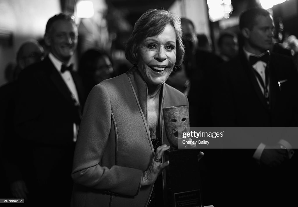 Honoree <a gi-track='captionPersonalityLinkClicked' href=/galleries/search?phrase=Carol+Burnett&family=editorial&specificpeople=206201 ng-click='$event.stopPropagation()'>Carol Burnett</a> attends The 22nd Annual Screen Actors Guild Awards at The Shrine Auditorium on January 30, 2016 in Los Angeles, California. 25650_020