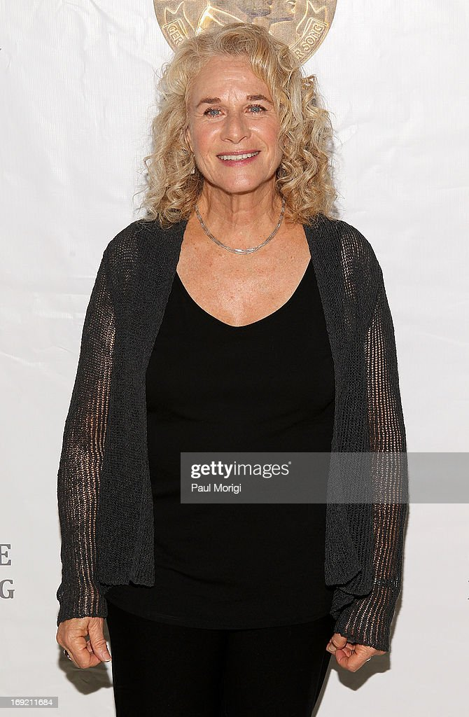 Honoree Carole King arrives at the 2013 Library Of Congress Gershwin Prize Tribute Concert at the Thomas Jefferson Building on May 21 2013 in...