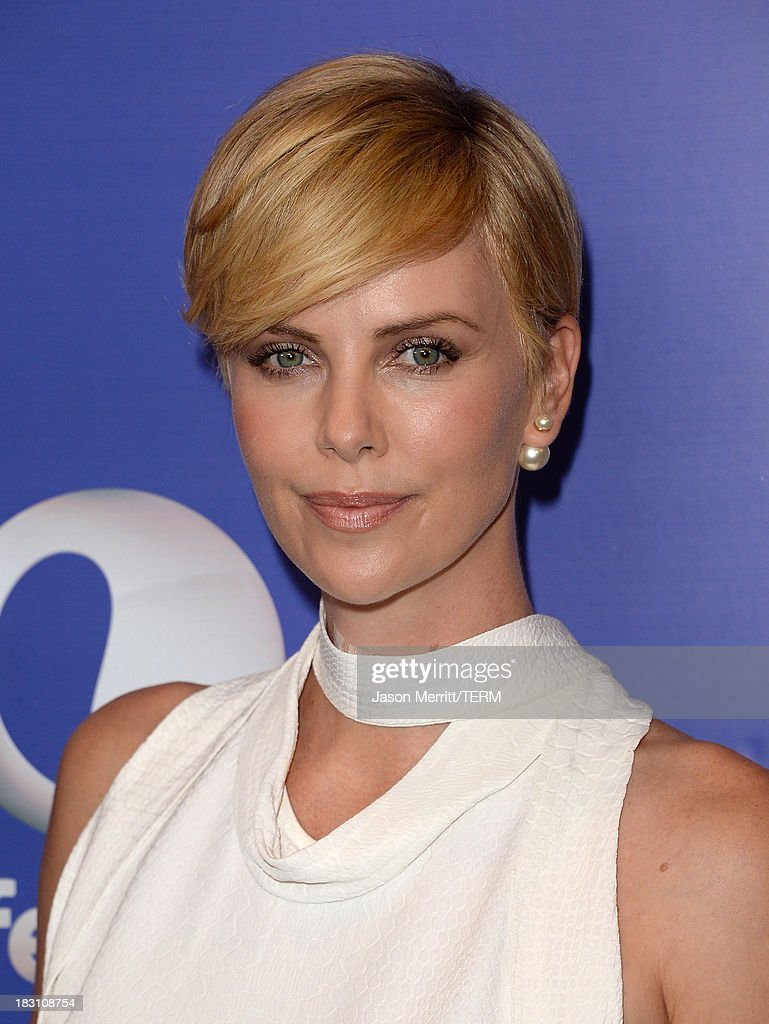 Honoree <a gi-track='captionPersonalityLinkClicked' href=/galleries/search?phrase=Charlize+Theron&family=editorial&specificpeople=171250 ng-click='$event.stopPropagation()'>Charlize Theron</a> arrives at Variety's 5th Annual Power of Women event presented by Lifetime at the Beverly Wilshire Four Seasons Hotel on October 4, 2013 in Beverly Hills, California.